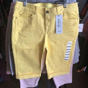 Women jean shorts!